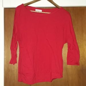 Red banded 3/4 sleeve top